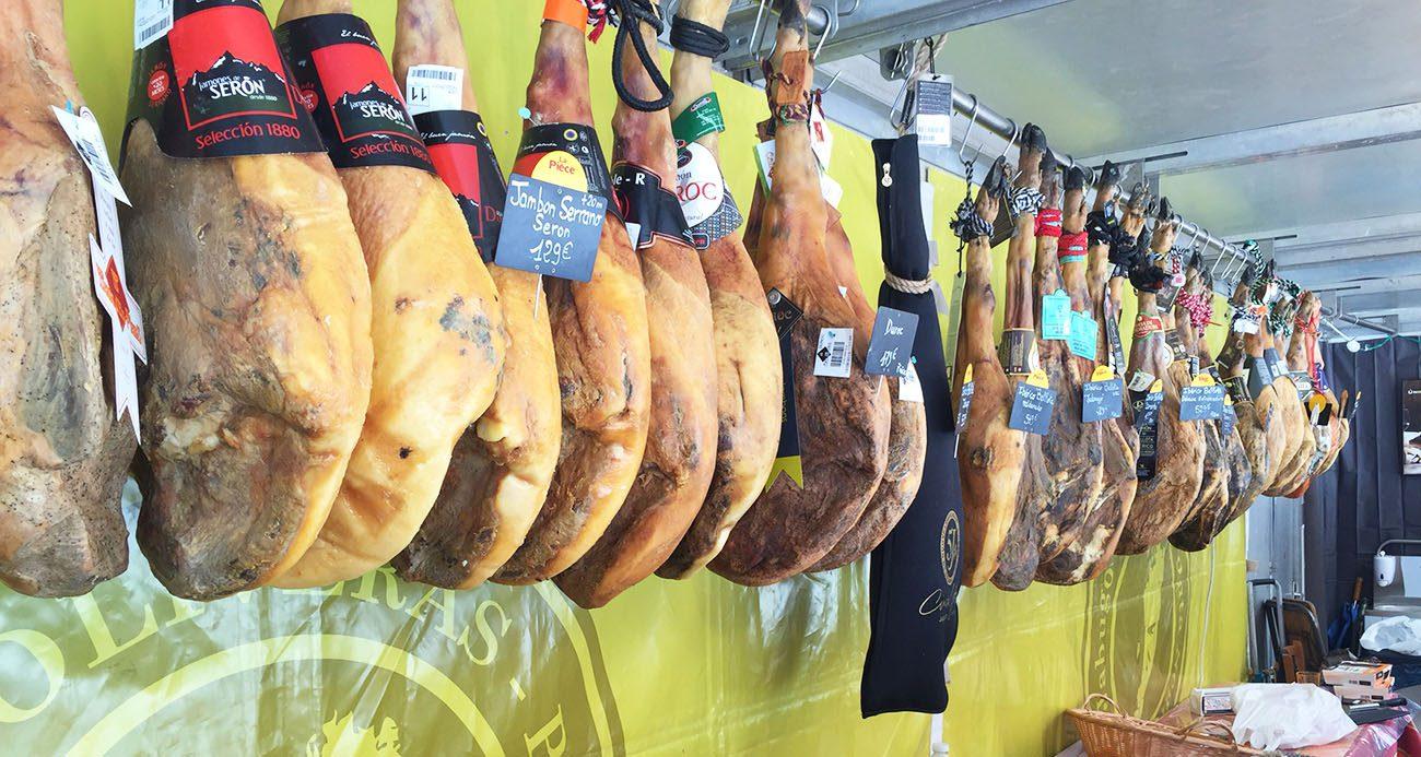 Comment choisir un jambon pata negra - Comment couper un jambon iberique ...